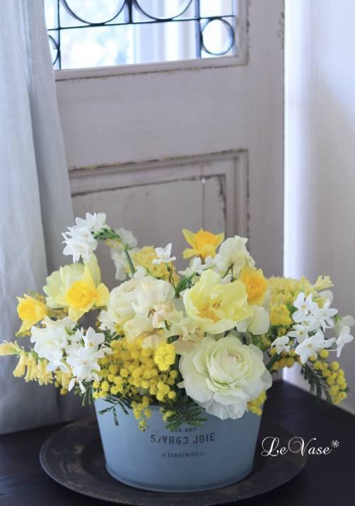 2月 Living flowerクラスのレッスン_e0158653_18035572.jpg