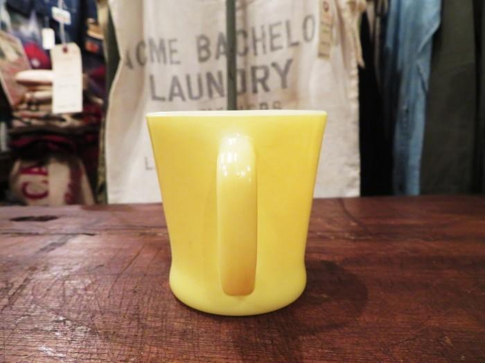 60\'s Fire King D-Handle Mug Yellow_e0187362_14293567.jpg