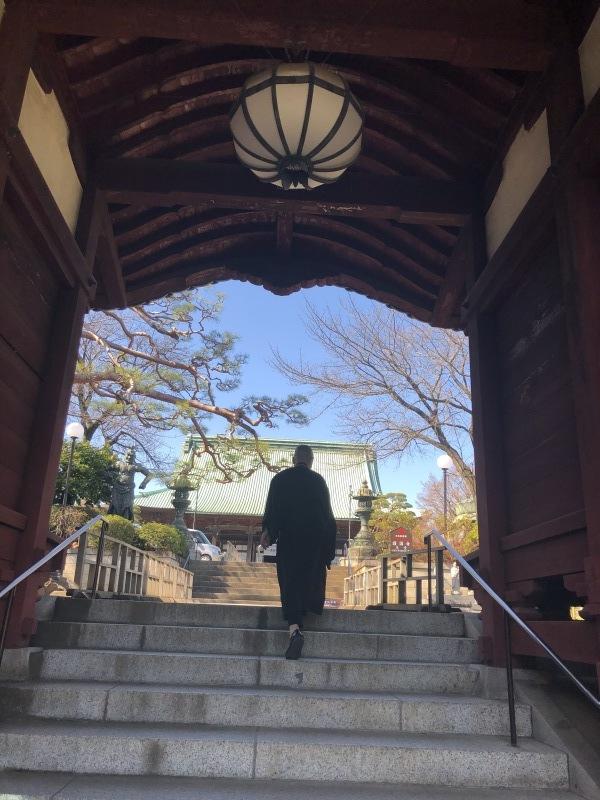 門をくぐる_a0155408_19085518.jpg