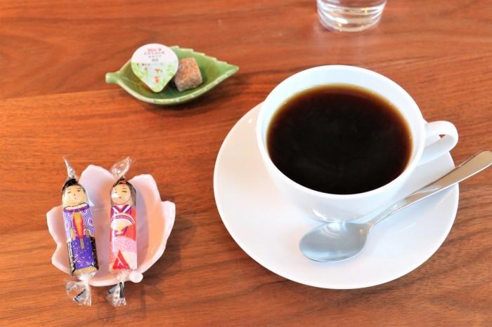 大宮公園に接した カフェ店_d0150720_16512984.jpg