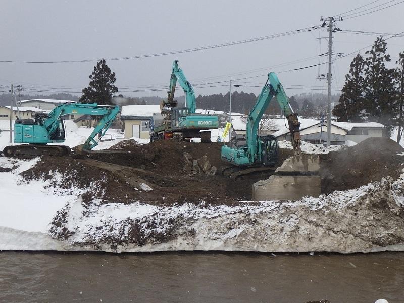河川災害復旧等関連緊急工事 02-KE20-70 を施工しております_e0341538_11585191.jpg