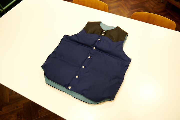 ""\""""Rocky Mountain Featherbed × TheThreeRobbers PROCESS DOWN VEST MAN 2021 - ORDER""""ってこんなこと。_c0140560_15464035.jpg""720|480|?|en|2|f8b785c20db7888b5b888fce48c5c885|False|UNLIKELY|0.310977041721344