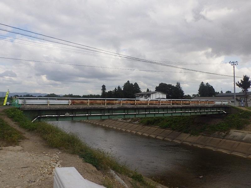 河川災害復旧等関連緊急工事 02-KE20-70 を施工しております_e0341538_08053852.jpg