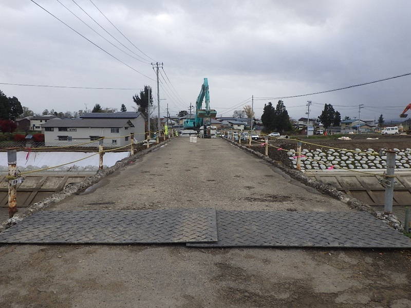 河川災害復旧等関連緊急工事 02-KE20-70 を施工しております_e0341538_08113373.jpg