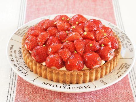 イチゴのお菓子~タルト オ フレーズ_c0213947_17360687.jpg