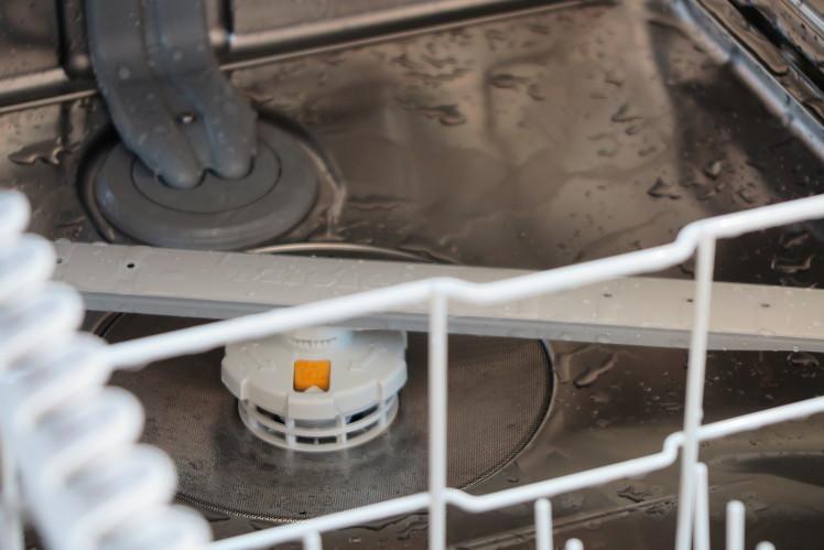 NEWモデル ミーレ食器洗い機★リクシル取付事例_c0156359_10462582.jpg