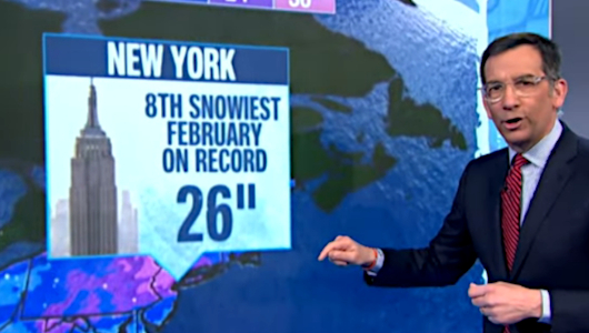 子ども向けニュース(NBC Nightly News Kids Edition)は「歴史的な大雪」をどう報じてるの?_b0007805_22424698.jpg