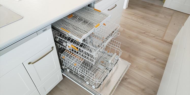 衣類は洗濯機で洗うのに、なぜ食器には食洗機を使わないの?Panasonic取付事例_c0156359_09393120.jpg