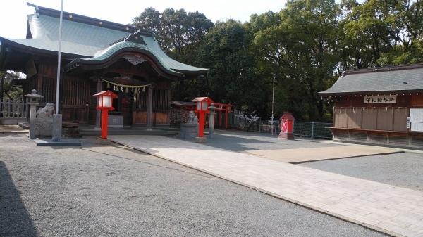 百年公園にある神社_f0337554_09203650.jpg