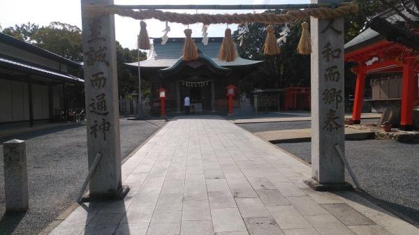 百年公園にある神社_f0337554_09223301.jpg