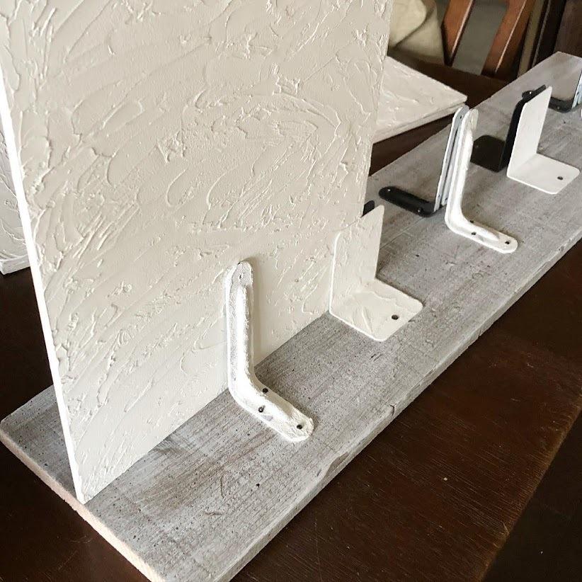 石膏像のジュリアーノメヂチくんと漆喰風の白い壁。_f0089355_00561494.jpg