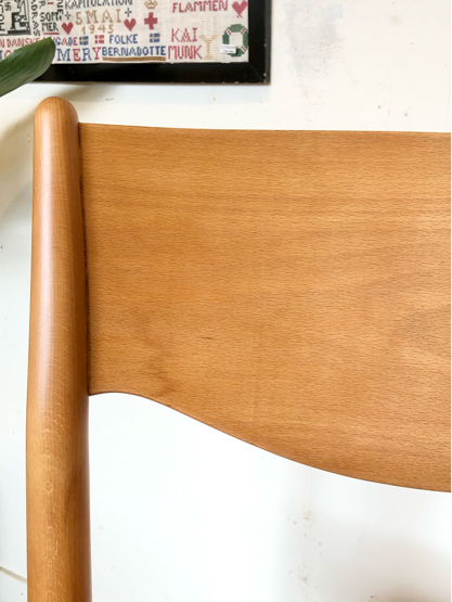 "\""PORTEX\"" stacking chair ②_c0139773_13093532.jpg"