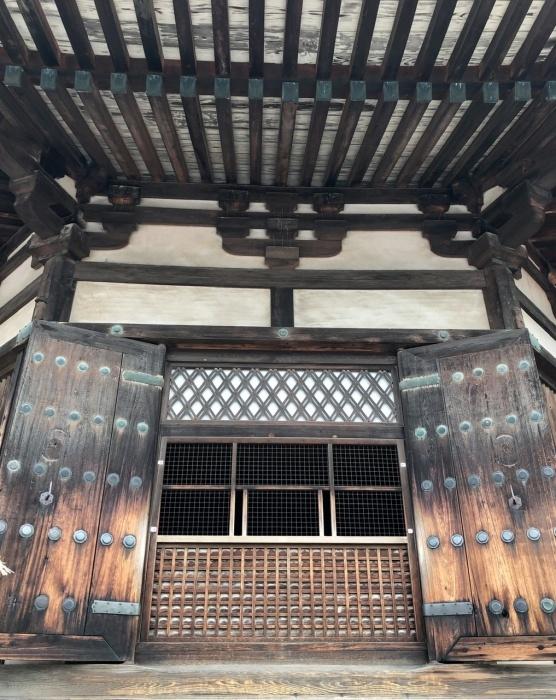 奈良の旅 16  法隆寺夢殿_a0092659_15265749.jpeg