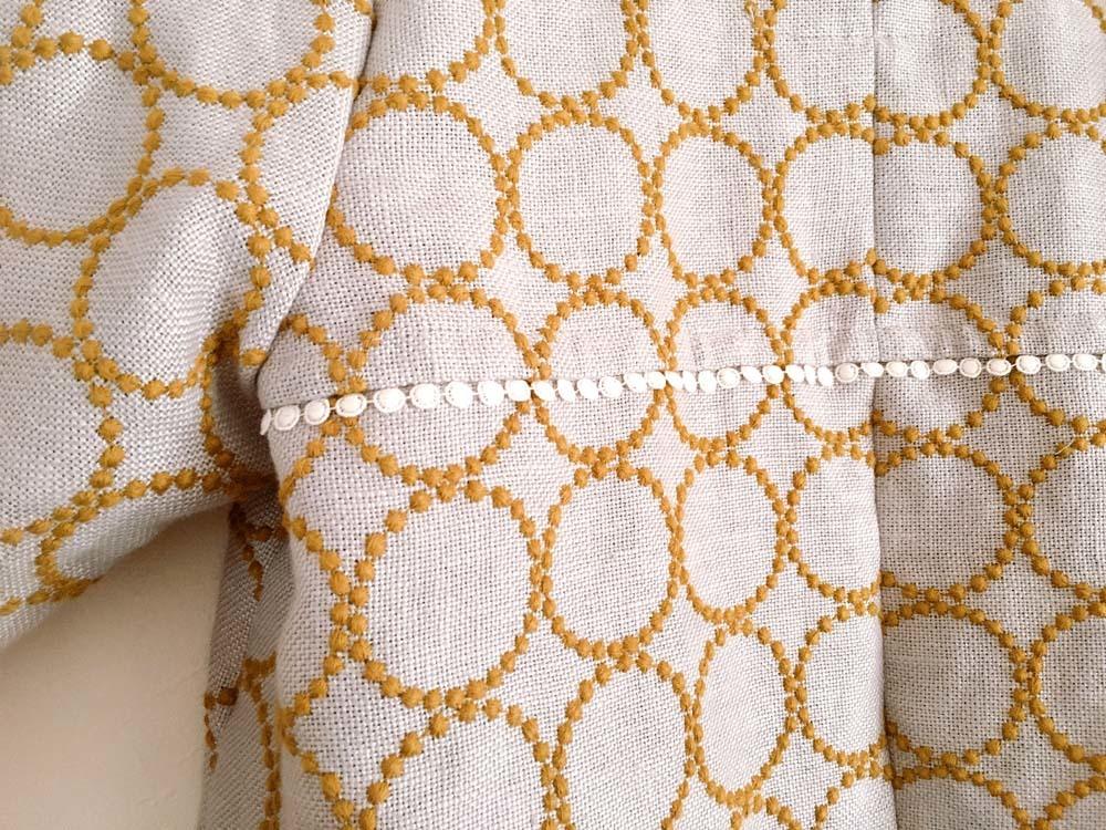 ミナペルホネン「タンバリン」生地の羽織りワンピース_a0232169_09103757.jpg
