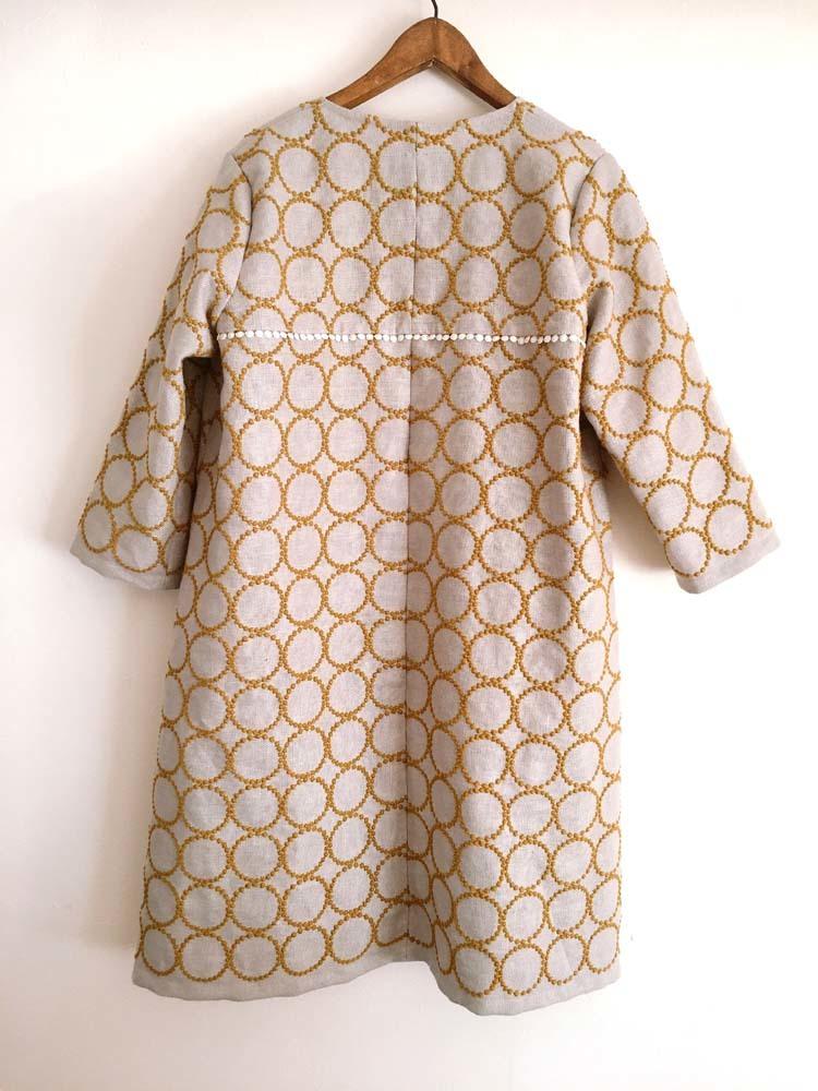 ミナペルホネン「タンバリン」生地の羽織りワンピース_a0232169_09103851.jpg