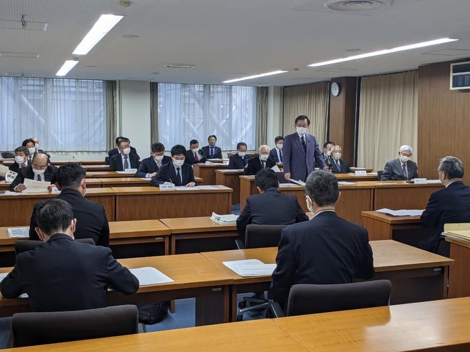 『東京電力へ会派申し入れ』_f0259324_16463210.jpg