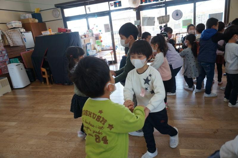 つき組 〜卒園に向けて〜_f0356892_16030796.jpg