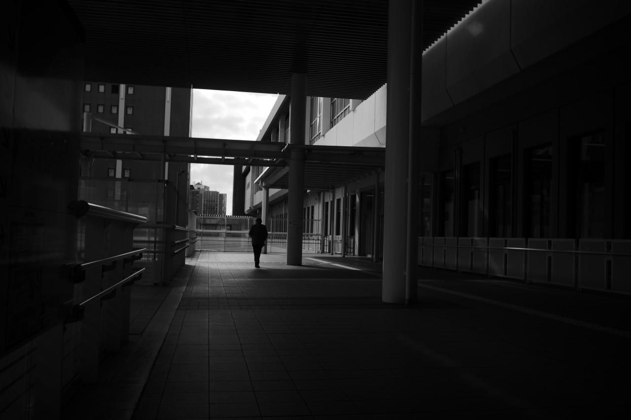 駅南の光と影20210303_c0082800_22292404.jpg