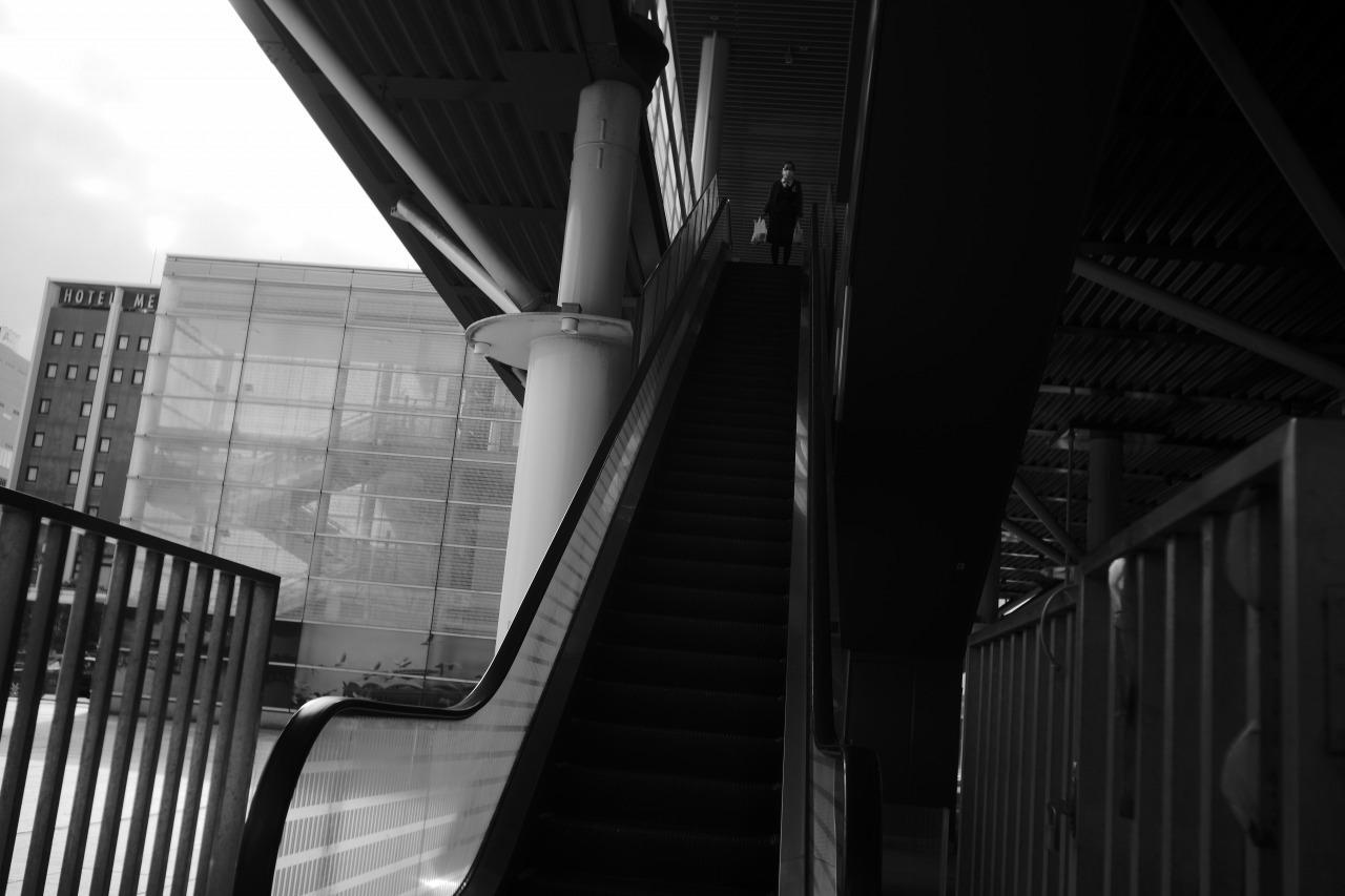 駅南の光と影20210303_c0082800_22292531.jpg