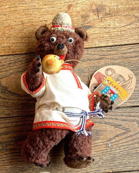 まんまるパンとくま 〜春の展覧会『Yoko-Bon\'s World ! 絵本と猫と人形たちと』より〜_d0077603_11162452.jpg