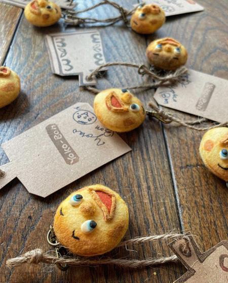まんまるパンとくま 〜春の展覧会『Yoko-Bon\'s World ! 絵本と猫と人形たちと』より〜_d0077603_11163258.jpg