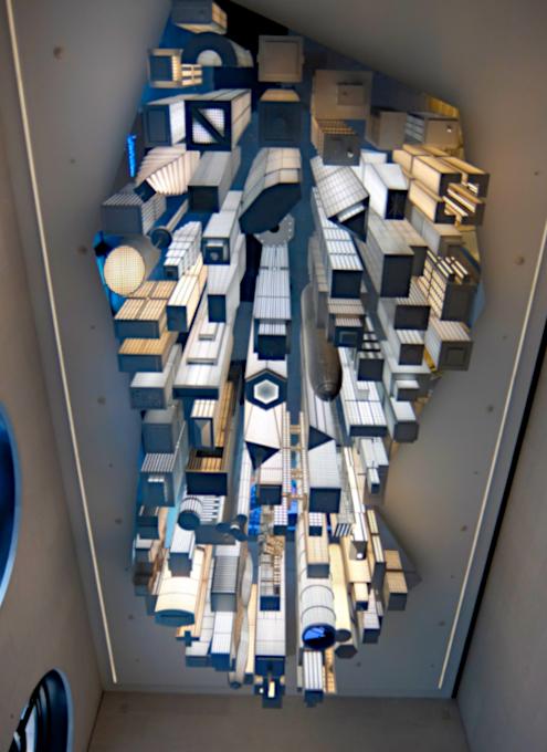 いかにもニューヨークらしい摩天楼の高層ビル群アート by Elmgreen & Dragset_b0007805_05543319.jpg