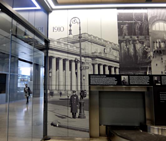 """モイニハン・トレイン・ホールの歴史的なタイムライン壁画、""""Historic Timeline Mural""""_b0007805_07082445.jpg"""