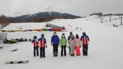 新しいスキー特別レッスン追加しました。_a0150315_07233344.jpg