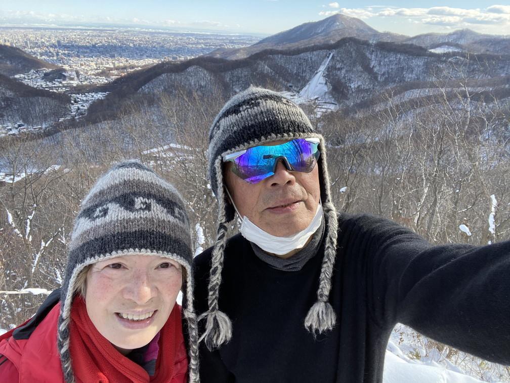 """2021年1月 『札幌の裏庭を登る、そして食べる』 January 2021 \""""Winter Hiking and Eating in Sapporo\""""_c0219616_09494912.jpg"""