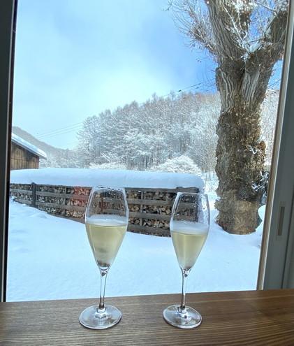 """2021年1月 『札幌の裏庭を登る、そして食べる』 January 2021 \""""Winter Hiking and Eating in Sapporo\""""_c0219616_09583462.jpg"""