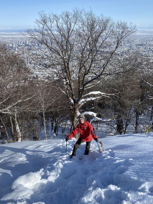 """2021年1月 『札幌の裏庭を登る、そして食べる』 January 2021 \""""Winter Hiking and Eating in Sapporo\""""_c0219616_10010122.jpg"""