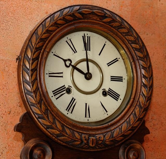 アンティークな柱時計、動画でご紹介。_d0047461_04421508.jpg