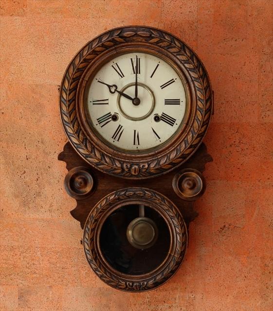 アンティークな柱時計、動画でご紹介。_d0047461_04421558.jpg