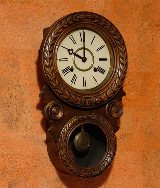 アンティークな柱時計、動画でご紹介。_d0047461_06294933.jpg
