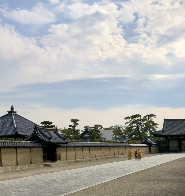 奈良の旅 16  法隆寺夢殿_a0092659_18105903.jpeg