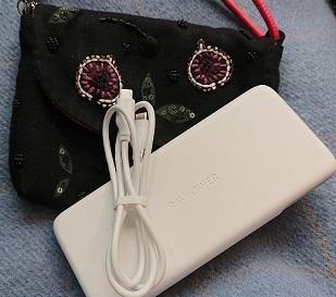 携帯用スマホ充電器_a0264383_20073812.jpg