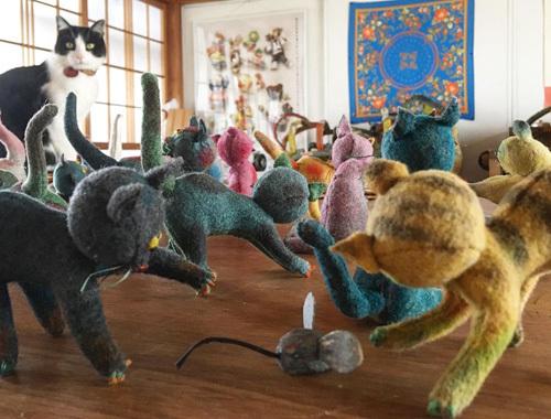 ねこ、猫、ネコだらけ! 〜春の展覧会『Yoko-Bon\'s World ! 絵本と猫と人形たちと』より〜_d0077603_11290147.jpg