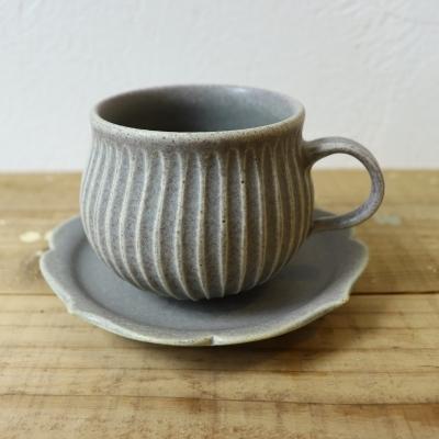 吉沢寛郎さんのマグカップ、器 入荷いたしました。_f0325437_14060738.jpg