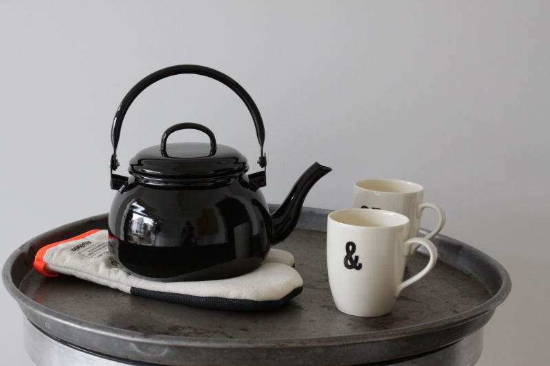 All black kettle _e0228408_11122447.jpeg
