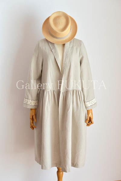 「春夏の洋服と帽子展」開催中です。_c0161127_10551143.jpg