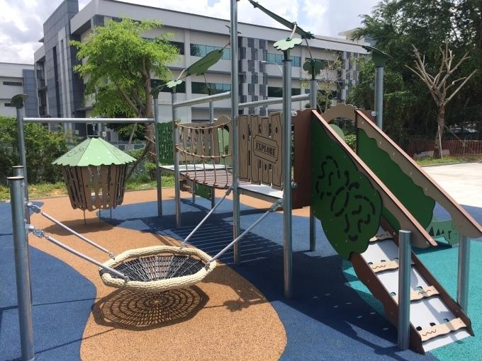 いろは幼稚園の園舎周辺のご案内_a0318155_00060824.jpg