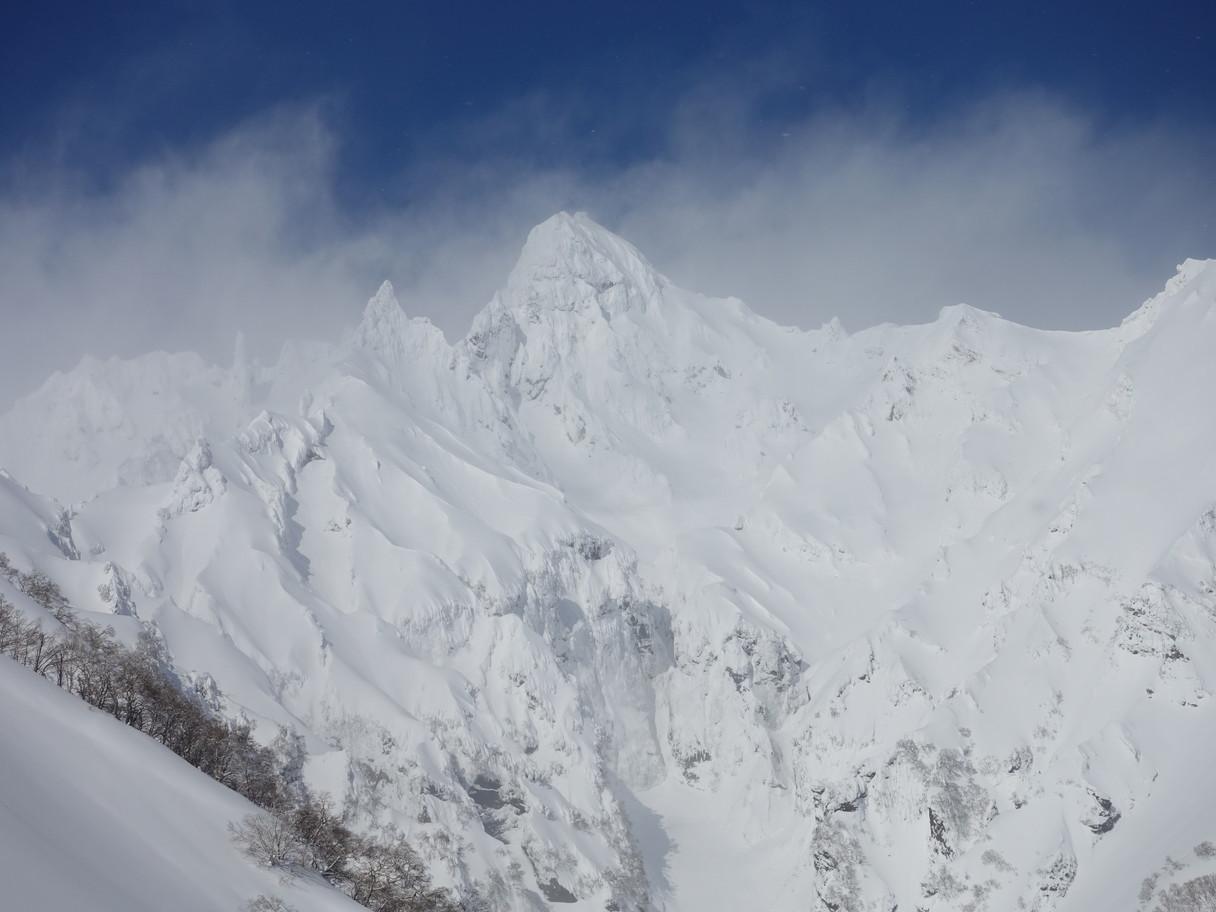"""2021年2月 『利尻山バックカントリースキー』 February 2021 \""""Ski in Island, Mount Rishiri\""""_c0219616_10405944.jpg"""