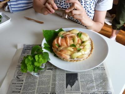5月のレッスンのお知らせです、手軽な食事にもなるおやきと、玄米もち米で粽を作ります、季節のお惣菜も、その時畑から来る野菜で作るレッスンをします_e0367111_17045219.jpg
