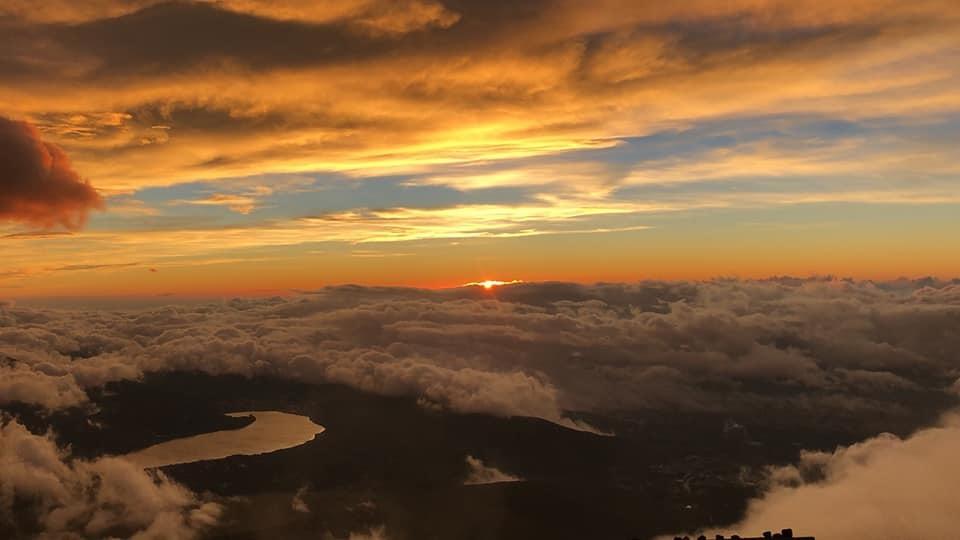 歴代富士登山ツアーの記念動画を作りました!_f0017300_00274555.jpg