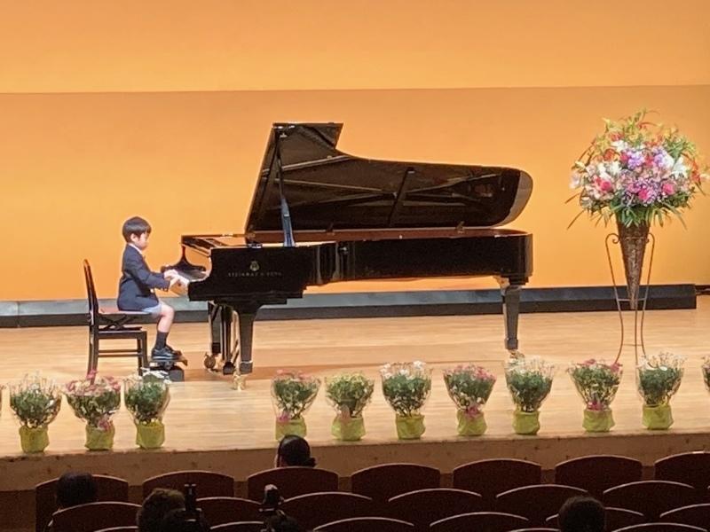 ピアノ発表会へ_a0394451_19372849.jpeg