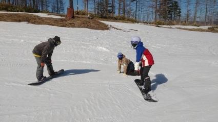 次回のスキー特別レッスンは3月27日(土)です。_a0150315_07461904.jpg