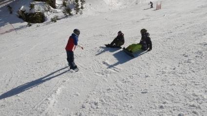 次回のスキー特別レッスンは3月27日(土)です。_a0150315_07464175.jpg