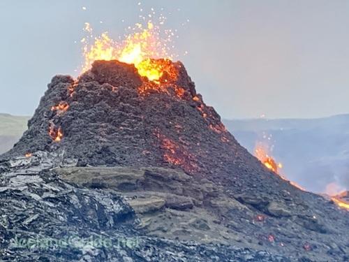 アイスランド火山噴火、見学レポートを書きました!_c0003620_04142693.jpeg