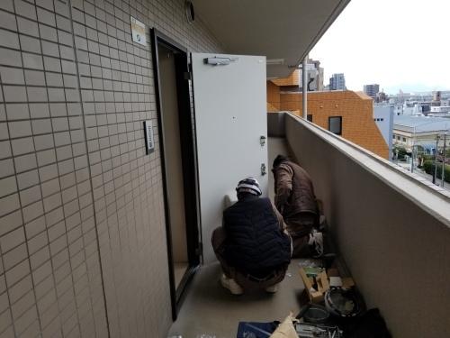 中区・FYビル 玄関ドア交換工事_d0125228_03304388.jpg
