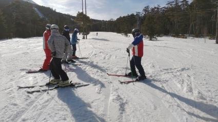 スキー特別レッスン3月27日(土)にあります。_a0150315_07302623.jpg